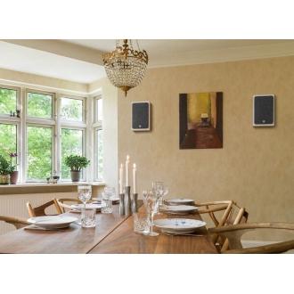 Dali Oberon On-Wall Room Setting