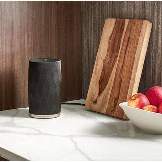 Bowers & Wilkins Formation Flex On Worktop