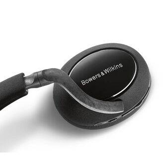 Bowers & Wilkins PX7 Carbon Edition Detailed View